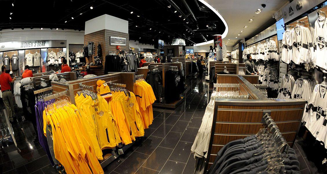 Staples Center Team Store